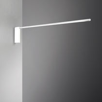 Contemporary wall light / extruded aluminum / polycarbonate / ABS