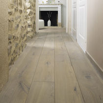 Engineered wood flooring / solid / glued / oiled