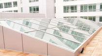 Projection roof window / aluminum / double-glazed / thermal break