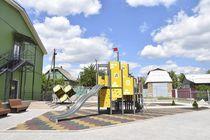 Outdoor playhouse / indoor