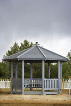 Wooden gazebo / for public spaces