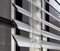 Aluminum solar shading / for facades / horizontal