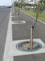 Cast iron tree grate / round