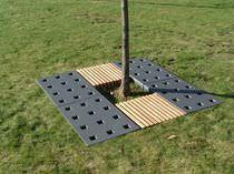 Cast iron tree grate / square