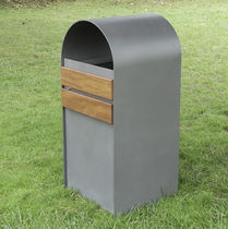 Public trash can / steel / wooden / with built-in ashtray