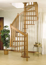 Square spiral staircase / wooden frame / without risers