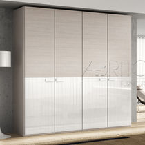 Contemporary wardrobe / melamine / with hinged door