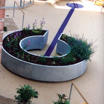 Round planter / contemporary / for public spaces