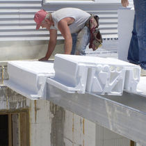 Polystyrene formwork block / for floors / insulating