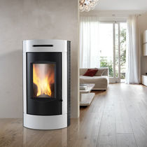 Pellet boiler stove / wood / contemporary / steel