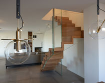 Half-turn staircase / wooden steps / glass frame / with risers