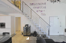 Straight staircase / wooden steps / metal frame / with risers