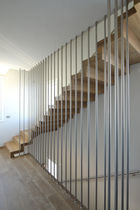 Stainless steel railing / with bars / indoor