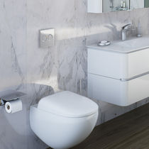Wall-hung toilet / ceramic / rimless