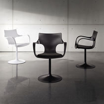 Contemporary chair / with armrests / swivel / central base