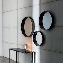 Wall-mounted mirror / contemporary / round / aluminum