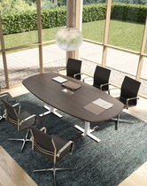 Contemporary boardroom table / wooden
