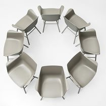 Contemporary visitor chair / with armrests / central base / star base
