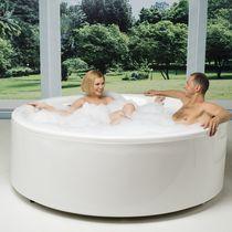 Free-standing bathtub / round / acrylic / deep