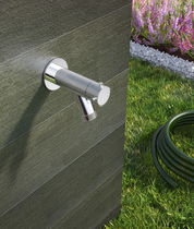 Drinking fountain single tap / wall-mounted / steel / garden