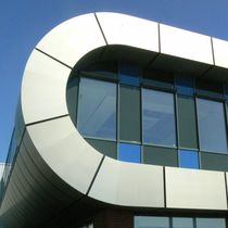 Composite cladding / titanium / zinc / smooth