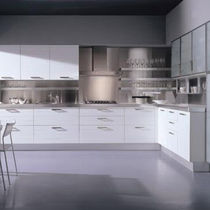 Contemporary kitchen / glass / wooden / lacquered