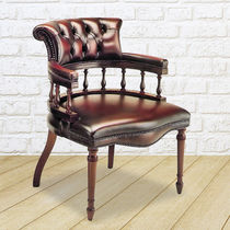 Traditional chair / upholstered / with armrests / leather