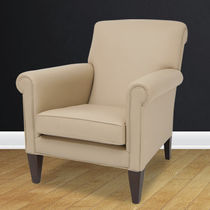 Traditional armchair / leather / club