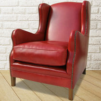 Traditional armchair / leather / wing / red
