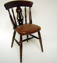 Traditional chair / upholstered / wooden / leather