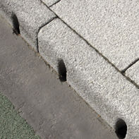 Street gutter edge / concrete / linear