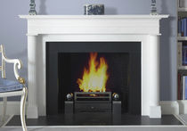 Traditional fireplace mantel / marble / 1-sided
