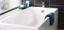 Ceramic bathtub