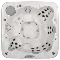 7 seater portable hot-tub 780 MAAX Spas