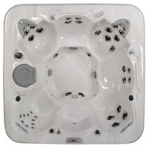 7 seater portable hot-tub 480 MAAX Spas