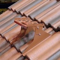 Metal maintenance catwalk / for roofs