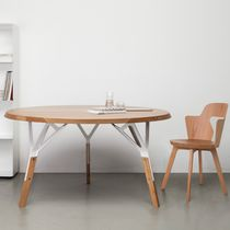 Contemporary table / oak / walnut / lacquered wood