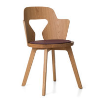 Contemporary chair / oak / by Alfredo Häberli