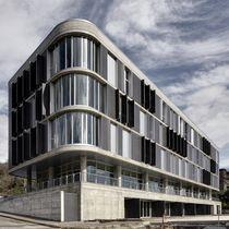 Ceramic cladding / panel / for ventilated facades / durable