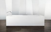 Acrylic bathtub / expanded polystyrene