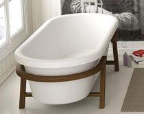 Bathtub with legs / oval / Corian®