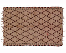 Traditional rug / geometric / patterned / wool