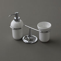 Free-standing soap dispenser / ceramic / manual