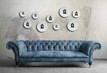 Contemporary clock / analog / wall-mounted / porcelain