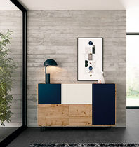 Contemporary sideboard / lacquered wood / oak