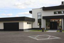 Sectional garage doors / wooden / steel / automatic
