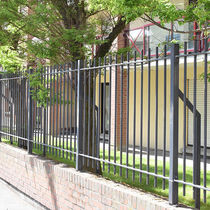 Garden fence / wire mesh / with bars / welded mesh