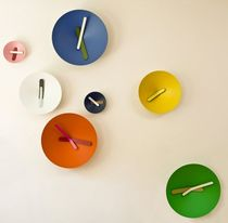 Contemporary clocks / analog / wall-mounted / aluminum