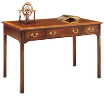Mahogany desk / traditional