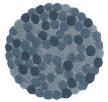Contemporary rug / wool / round / patterned